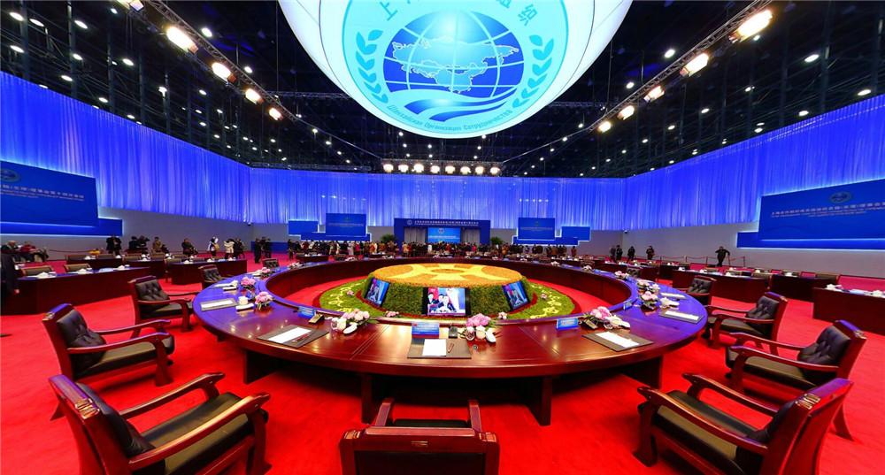 上合会议主会场实景直径11.6米大圆桌.jpg