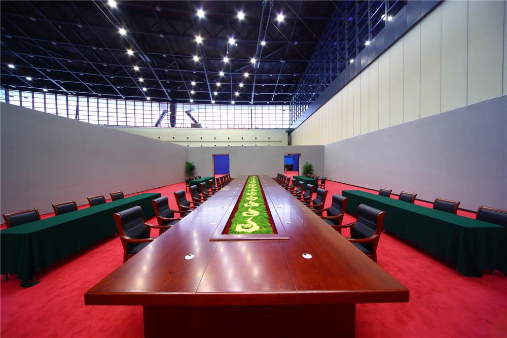 政府首脑双边会谈会议室.jpg
